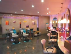 Beauty Salonin Long Beach